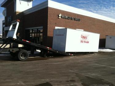 Truck unloading Go Mini's unit