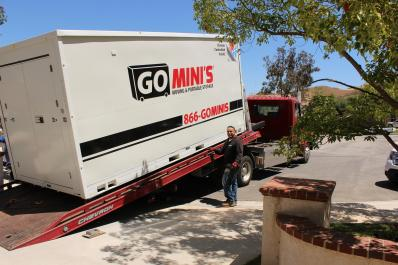 Loading Go Mini's  unit